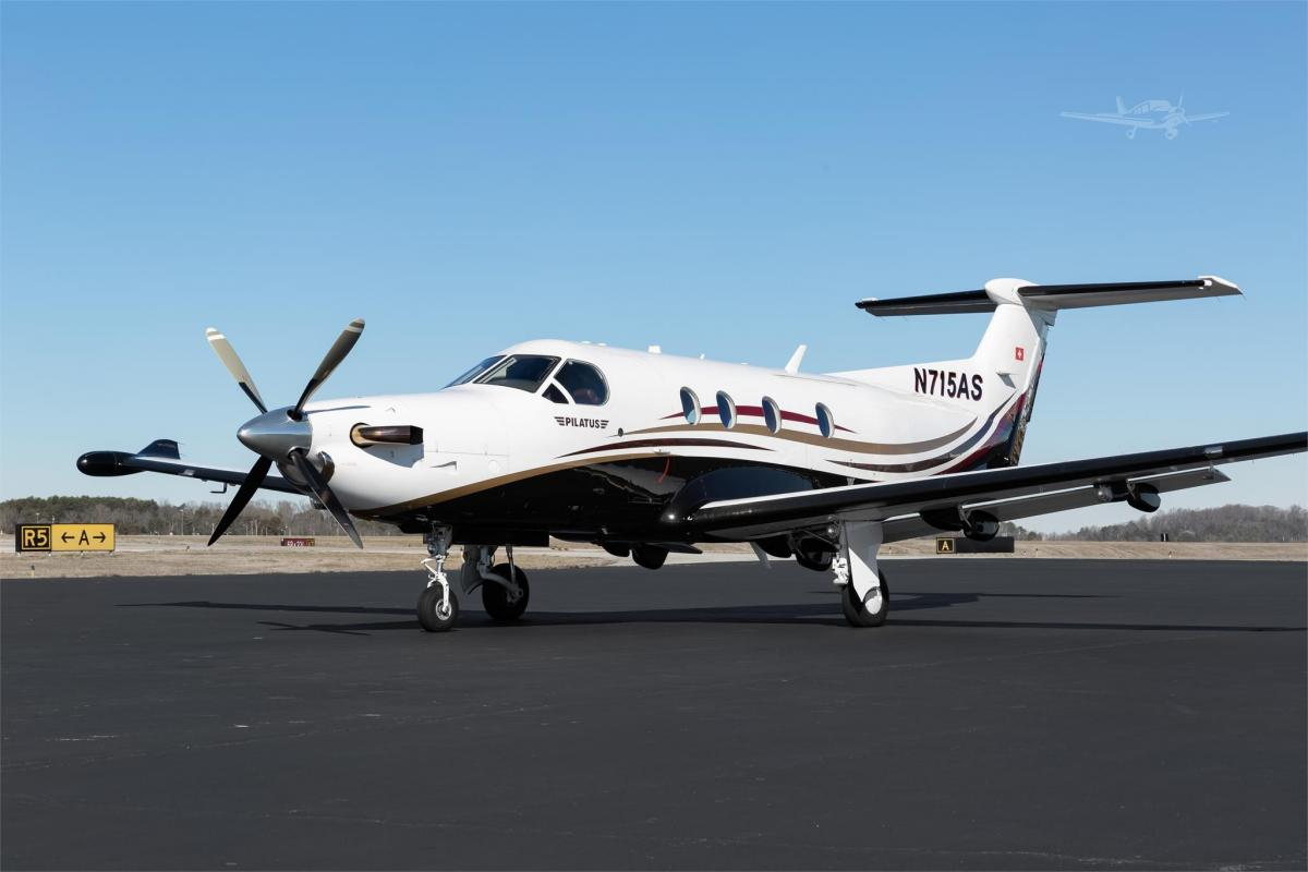 2010 PILATUS PC-12 NG  - Photo 1