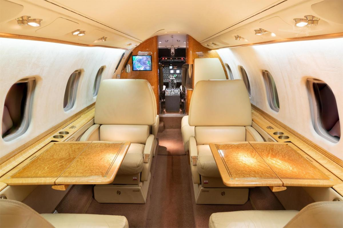 2003 LEARJET 60 Photo 3