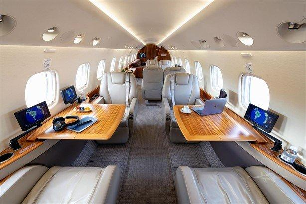 2013 EMBRAER LEGACY 650 Photo 4