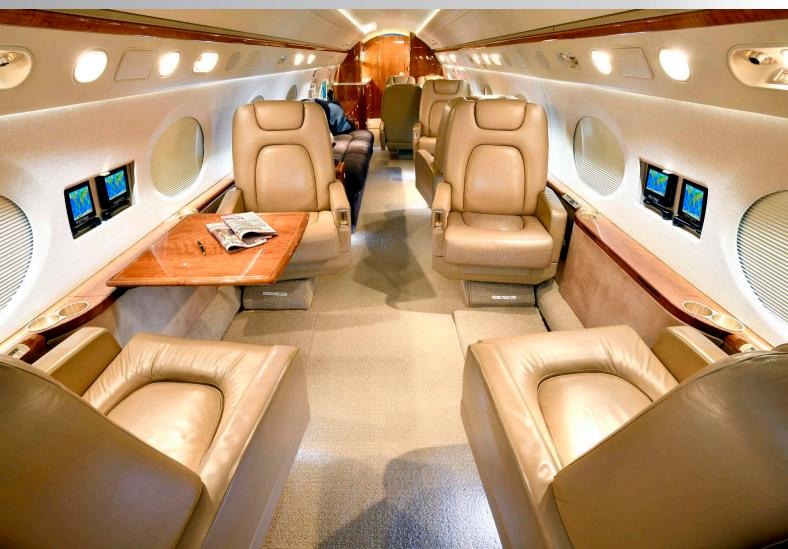 2004 Gulfstream G400 Photo 3
