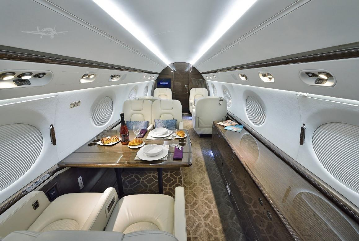 2010 GULFSTREAM G550 Photo 6