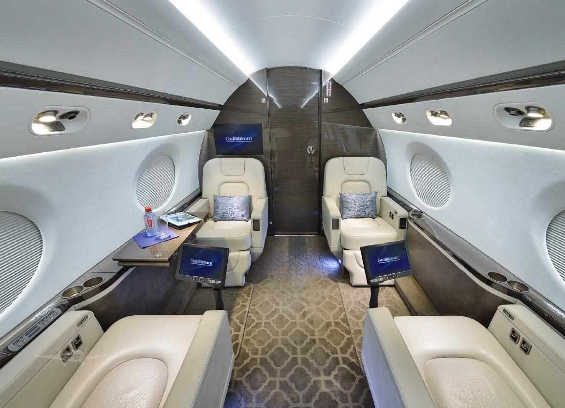 2010 GULFSTREAM G550 Photo 7