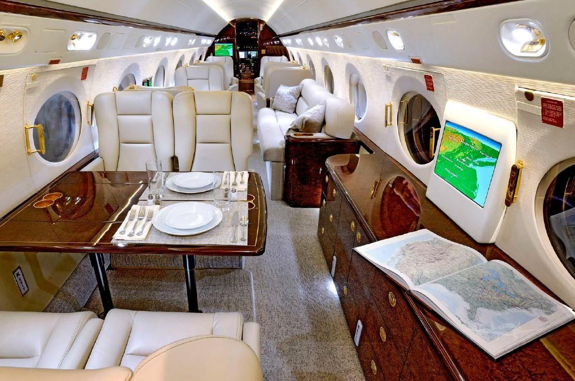 2004 Gulfstream G550 Photo 6