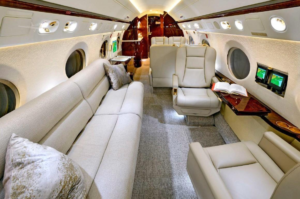 2004 Gulfstream G550 Photo 7