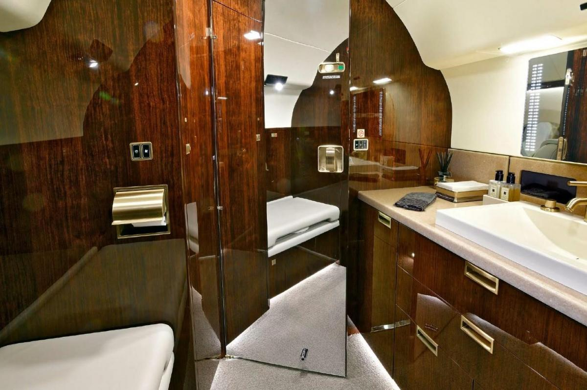 2013 GULFSTREAM G650ER  Photo 2