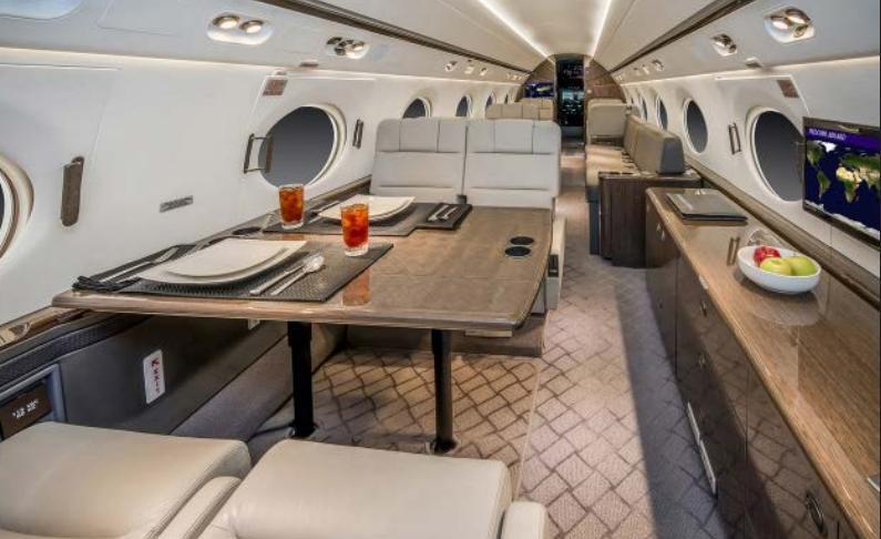 Gulfstream G450 Photo 5