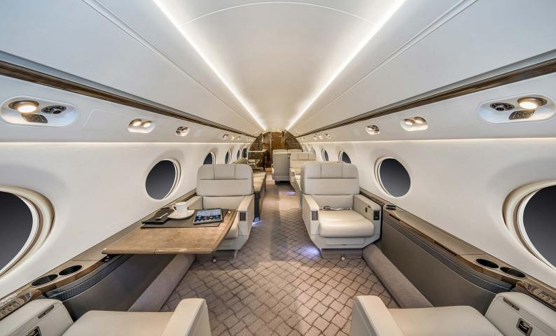 Gulfstream G450 Photo 4