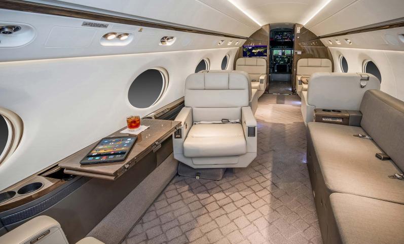 Gulfstream G450 Photo 7