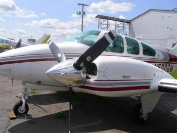 1980 BEECHCRAFT B55 BARON  - Photo 3