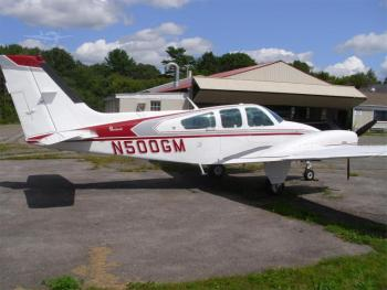 1980 BEECHCRAFT B55 BARON  - Photo 4