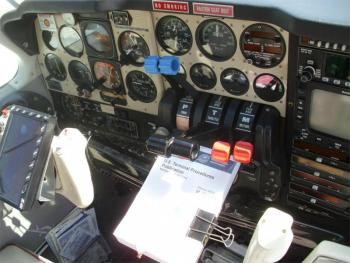 1980 BEECHCRAFT B55 BARON  - Photo 6