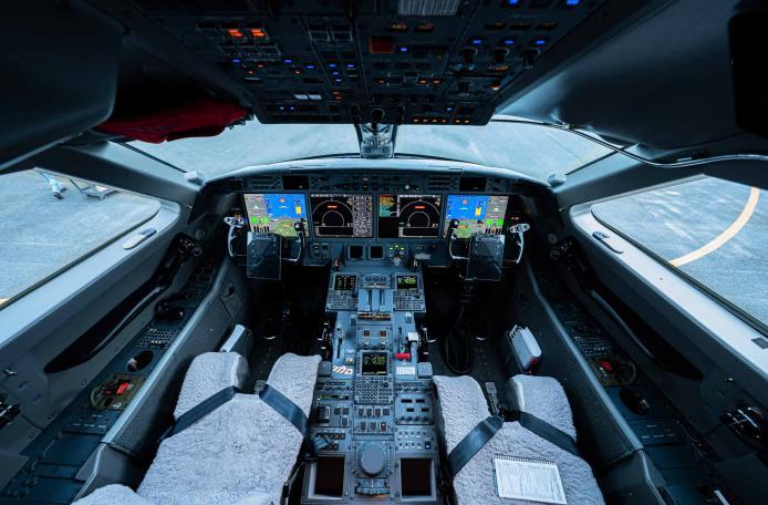 2012 Gulfstream G550 Photo 7