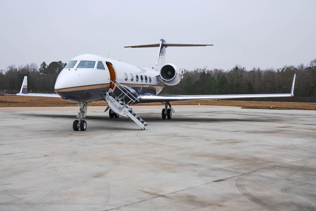 2004 Gulfstream G400 Photo 2