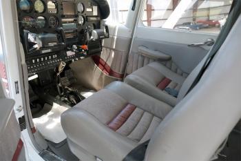 1981 Cessna A185F - Photo 3