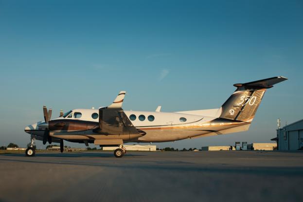 1997 Beech King Air 350 Photo 2