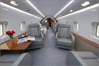 2003 Bombardier Challenger 850 Photo 3