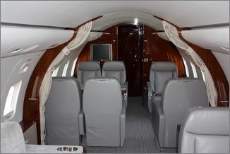 2003 Bombardier Challenger 850 Photo 4