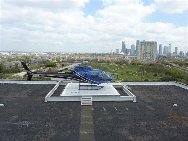 2010 EUROCOPTER AS 350B-3 Photo 2