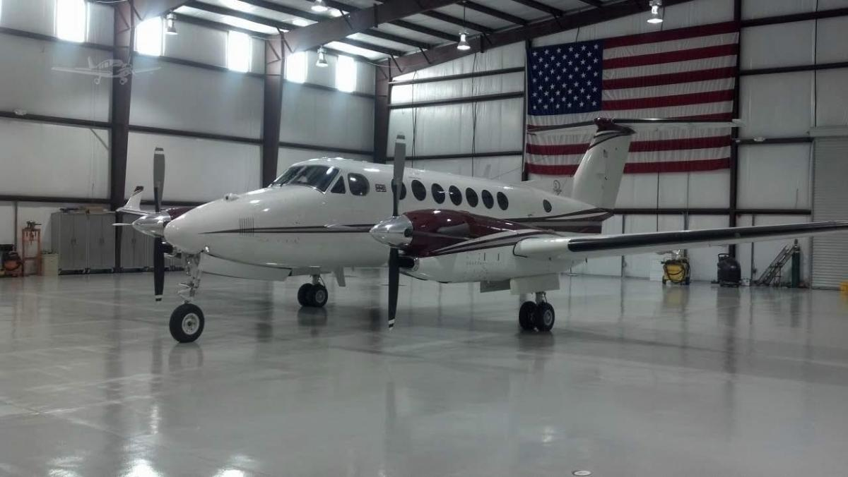 1992 BEECHCRAFT KING AIR 350 Photo 2
