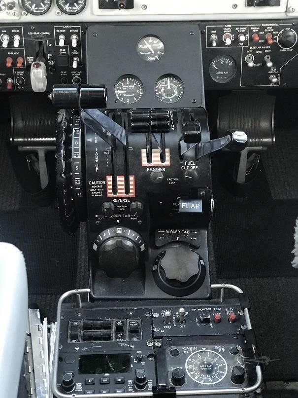 1985 BEECHCRAFT KING AIR C90A Photo 2