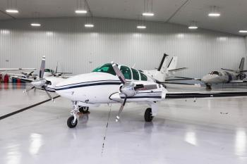 1977 Beechcraft B55 Baron - Photo 2