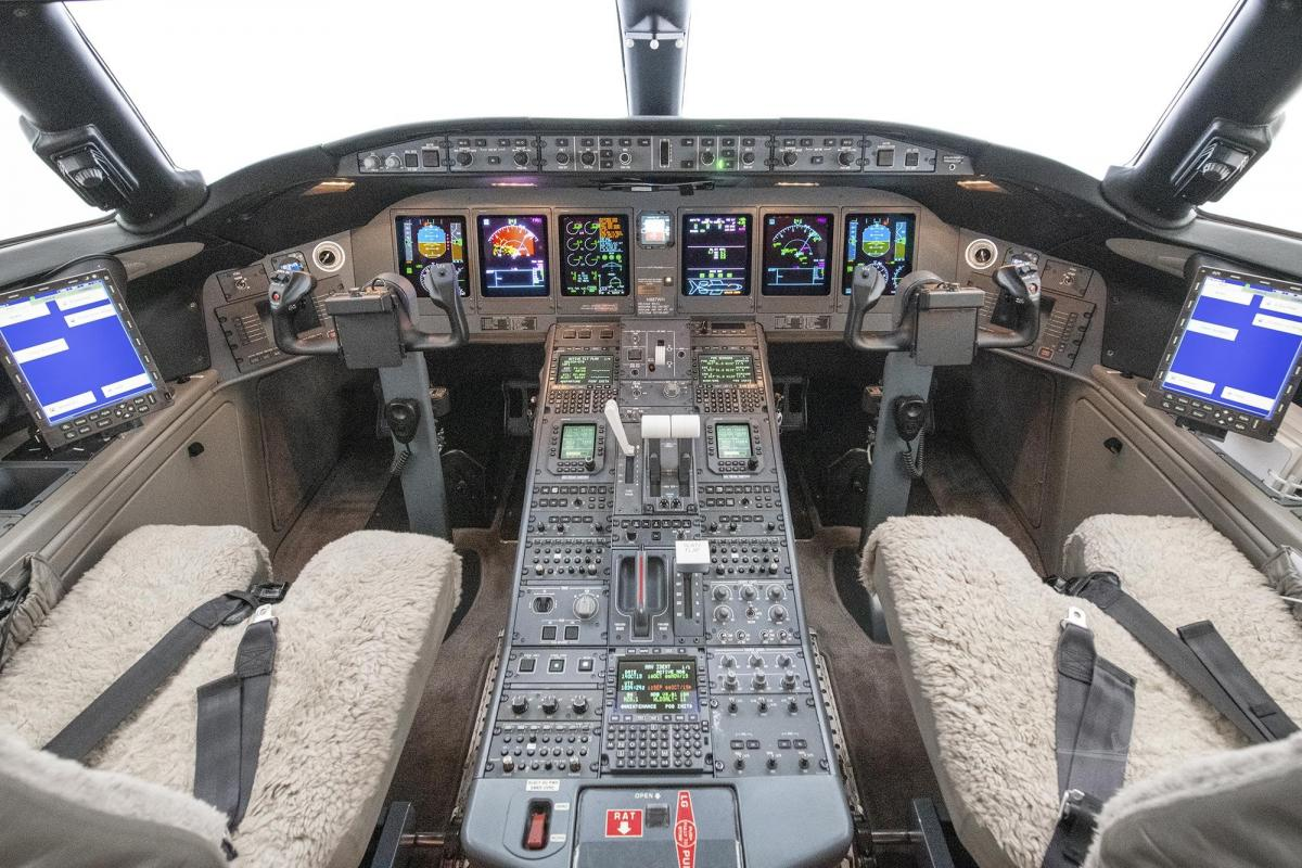 2009 BOMBARDIER GLOBAL EXPRESS XRS Photo 5