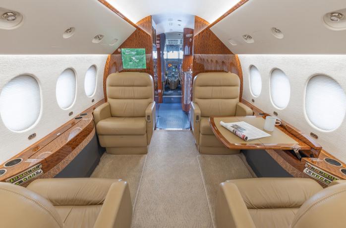 Dassault Falcon 2000 Photo 6