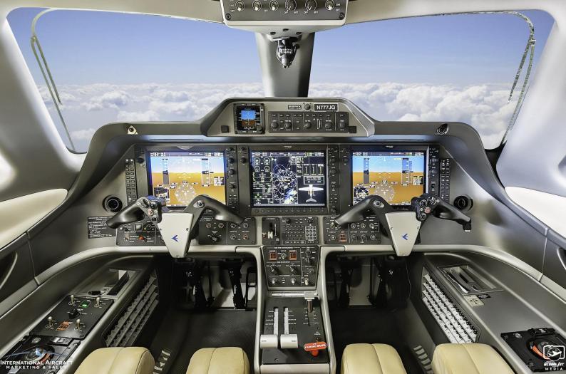 2009 Embraer Phenom 100 Photo 5