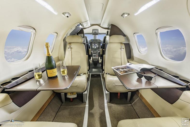 2009 Embraer Phenom 100 Photo 4