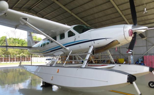 2008 Cessna Caravan 208 Amphibian for Sale Photo 2
