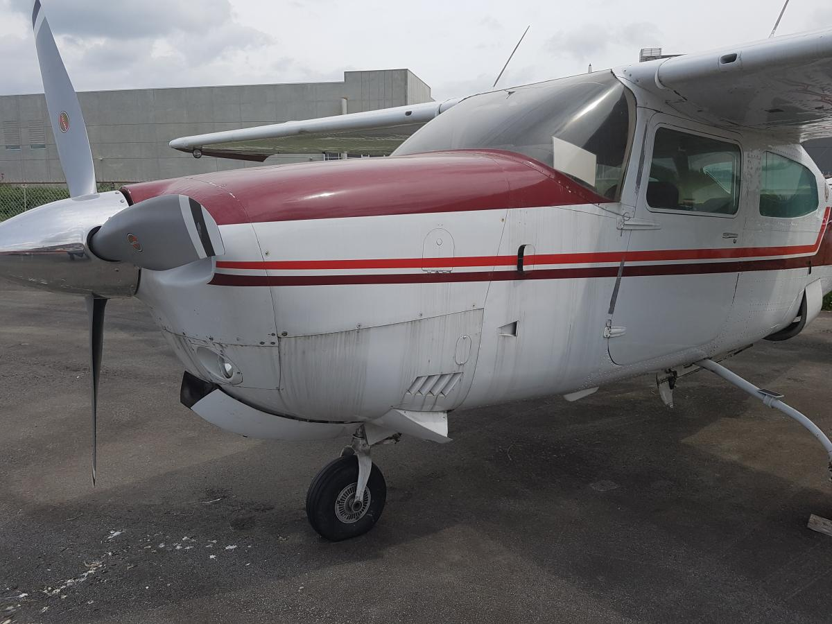 1976 T210 Cessna - Photo 1