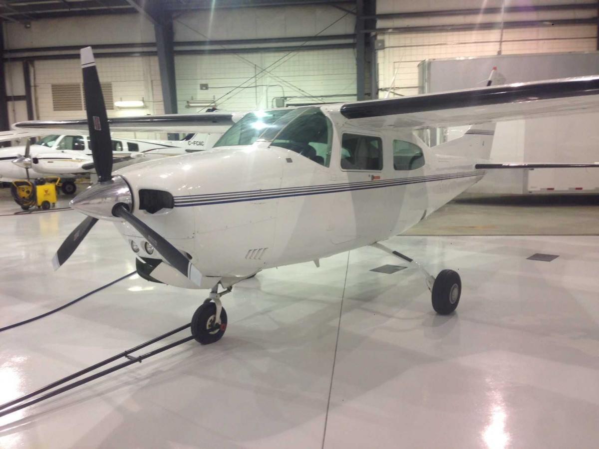 1982 Cessna T210 Photo 2