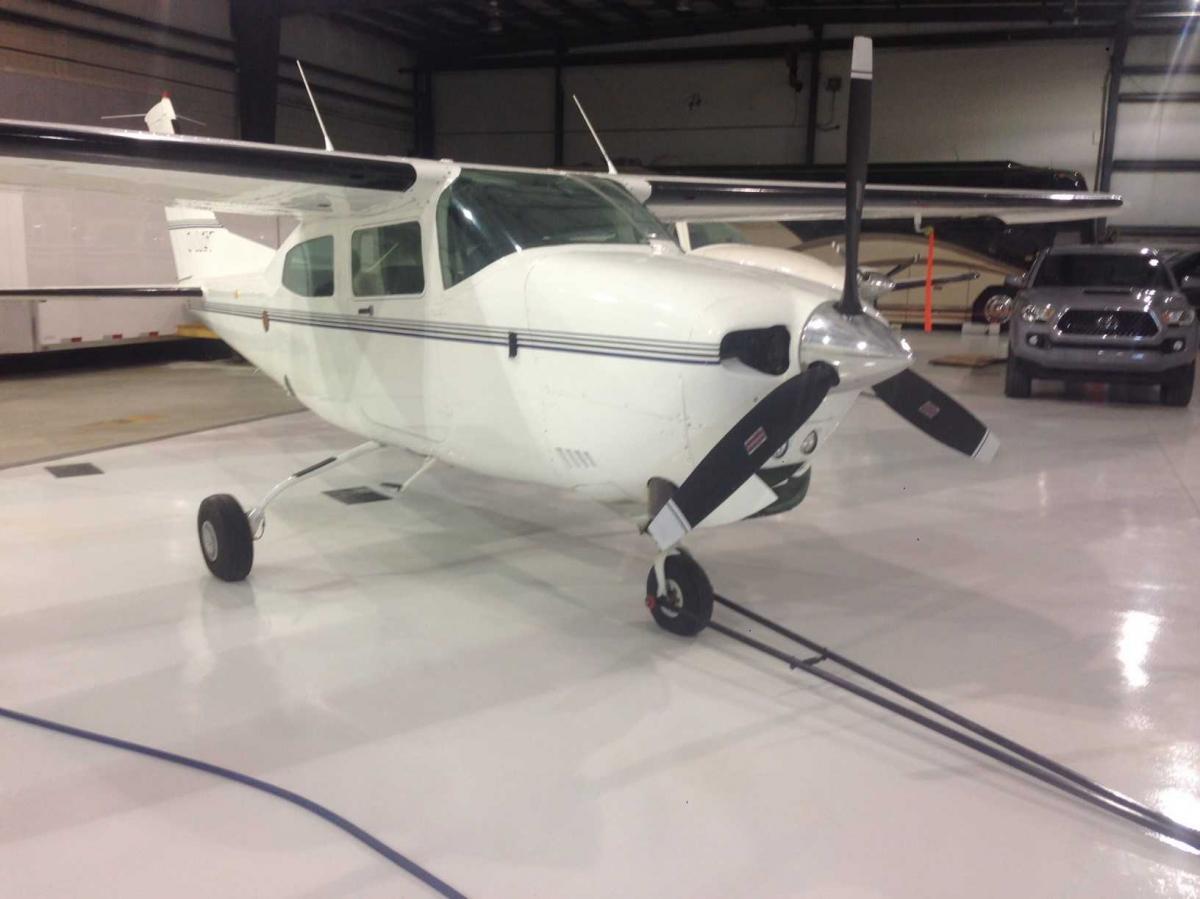 1982 Cessna T210 Photo 3