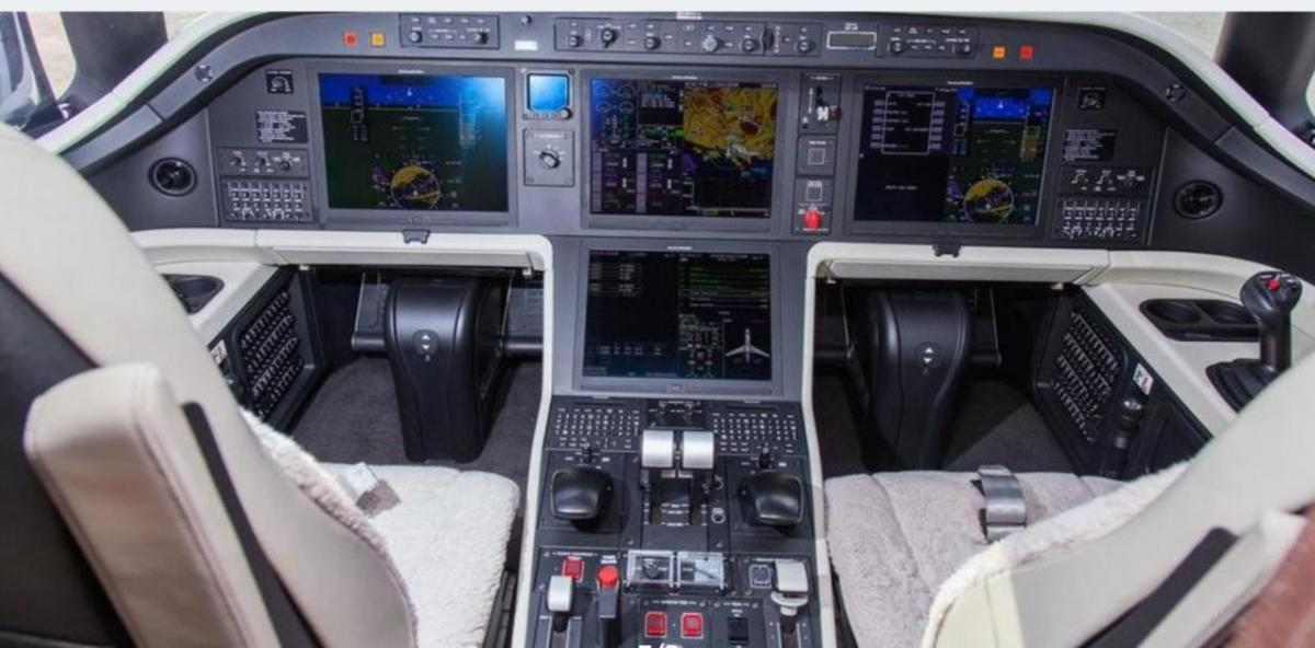 2015 Embraer Legacy 500 Photo 6