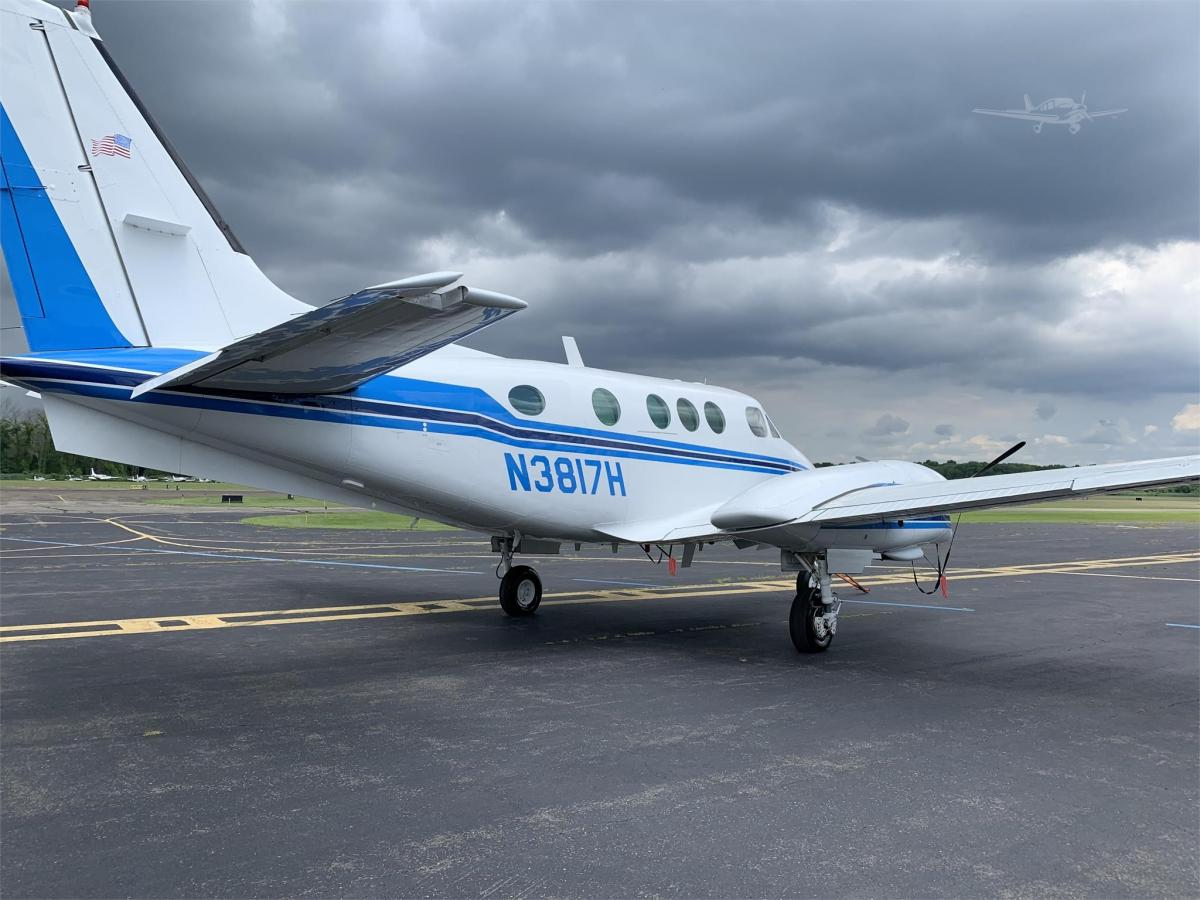 1981 BEECHCRAFT KING AIR C90A Photo 3