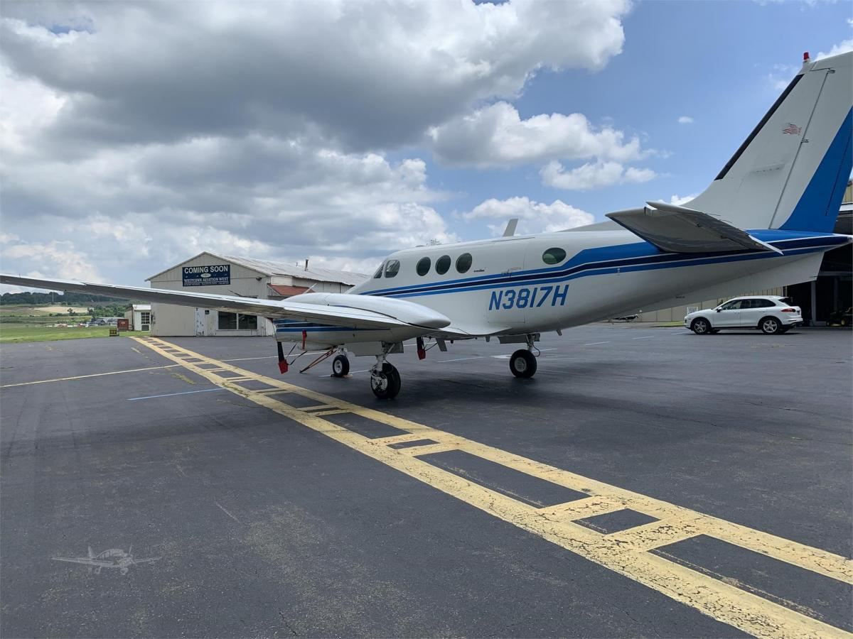1981 BEECHCRAFT KING AIR C90A Photo 4