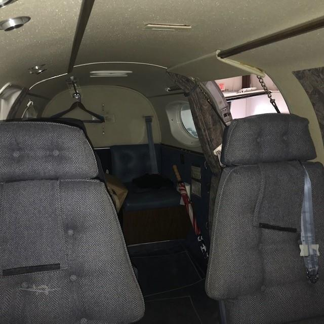 1981 BEECHCRAFT KING AIR C90A Photo 6