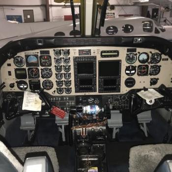 1981 BEECHCRAFT KING AIR C90A - Photo 6
