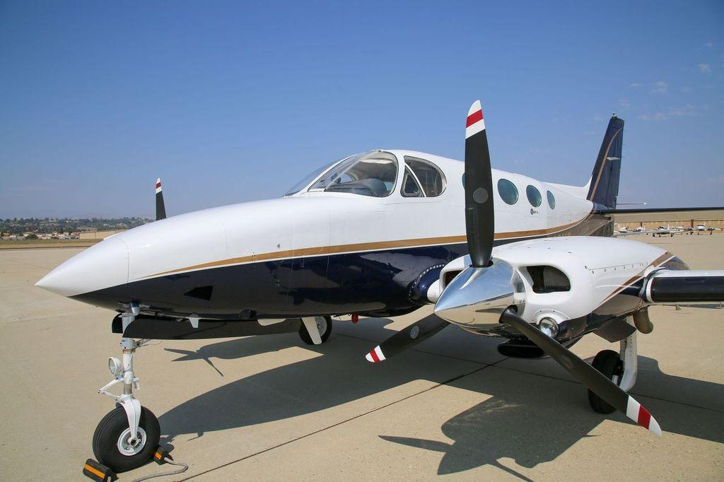 1976 Cessna 414 Photo 3