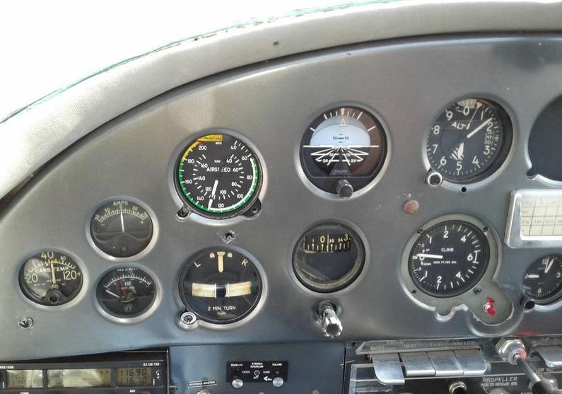 1952 Cessna 190 Photo 2