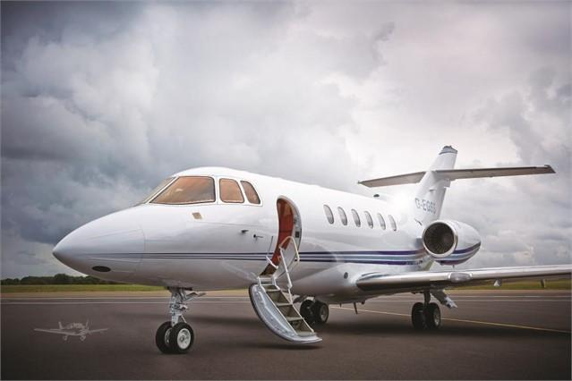 2000 HAWKER 800XP - Photo 1
