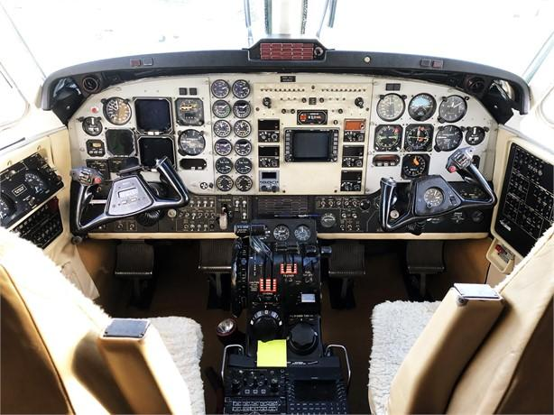 1997 BEECHCRAFT KING AIR B200 Photo 5