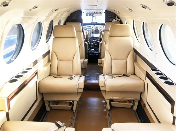 1997 BEECHCRAFT KING AIR B200 Photo 4