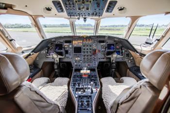 1990 Dassault Falcon 900B - Photo 13