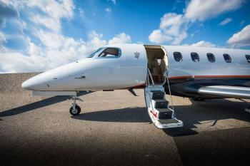 2017 Embraer Phenom 300 - Photo 2