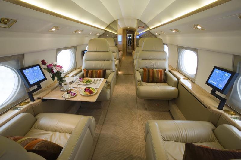 http://www.aircraftdealer.com/dealers/j/jeteffect/30158/big_GIV_INT.jpg