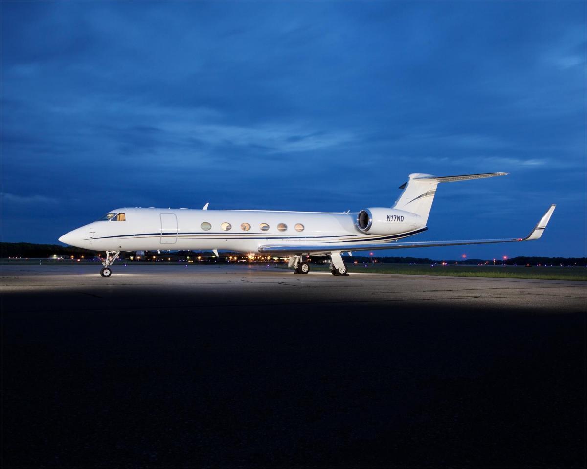 1997 Gulfstream GV Photo 2