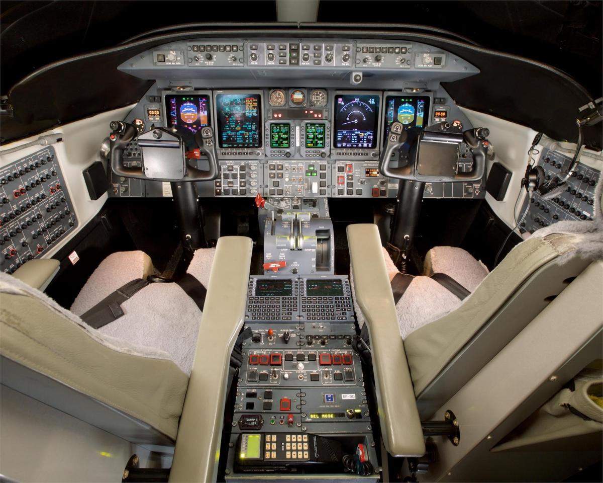2009 Learjet 45XR Photo 5