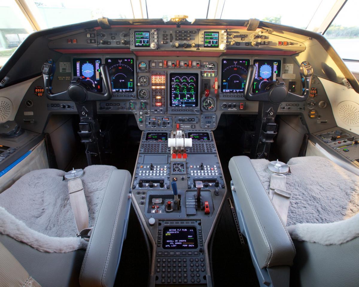 1999 Dassault Falcon 900C Photo 4