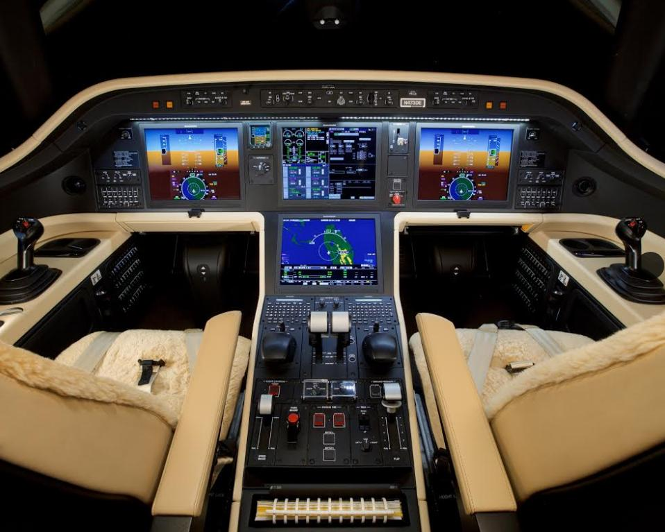 2019 EMBRAER PRAETOR 500 Photo 3